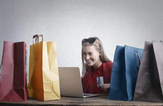 Online Shopping Women
